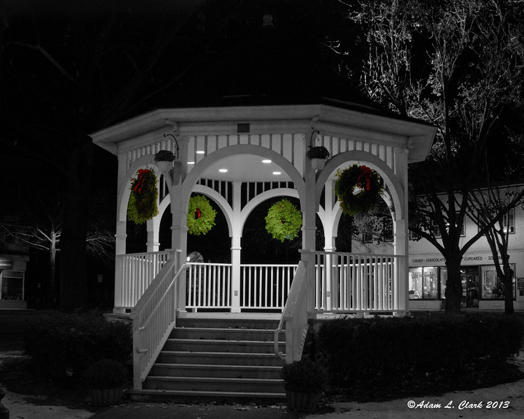 12.07.2013  The gazebo on the common in Keene lit up at night