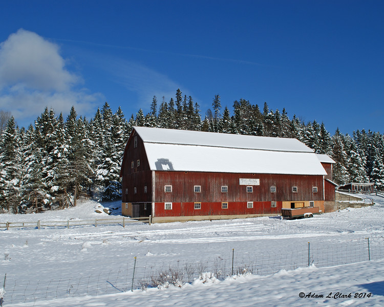 11.28.2014 <br><br>I headed north this weekend to drop off the snowmobiles for preseason service.  This is one of the old barns in town