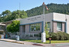 Even the US Post Office in Dunsmuir gets a signal outside....<br /> Dunsmuir, CA.<br /> <br /> 29 May 2014