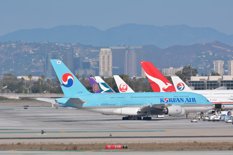 HL7611 Korean Air Lines   Airbus A380-861  Los Angeles
