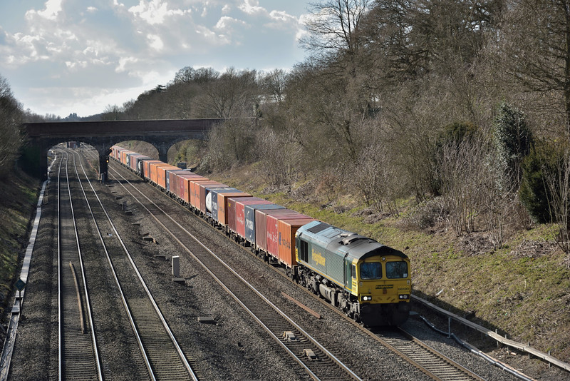 Freightliner 'shed' 66590 is in charge of 4L31 Bristol to Tilbury liner, seen here as it passes Twyford<br /> <br /> 3 March 2015