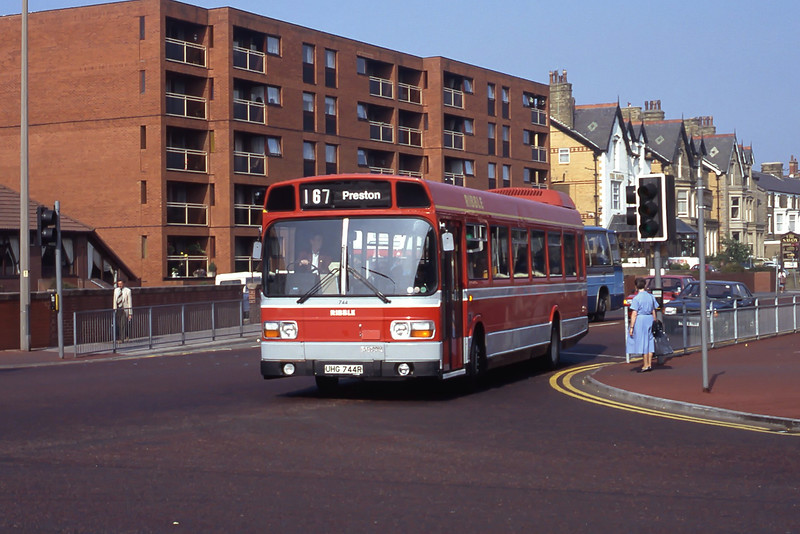Stagecoach Ribble 744 Clifton Rd West St Annes Sep 91