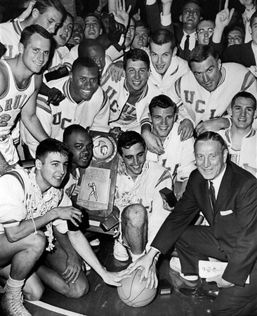 Obit John Wooden Basketball