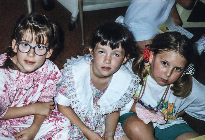 Daisy Farrant, Addie Kahn and Jami Cakes in Kindergarten at Rosewood Elementary School in Los Angeles