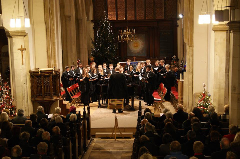 After term, I stayed in Cambridge for a week of choir rehearsals and concerts. On the Tuesday we performed Handel's Messiah in Jesus College Chapel. Then on the Thursday we did a Christmas concert in Suffolk, followed by singing at a feast on the Friday night. This pic is from the Christmas Concert on Thursday