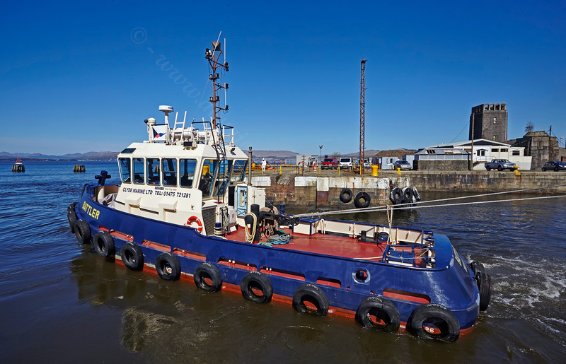 'Battler' at James Watt Dock - 18 April 2014