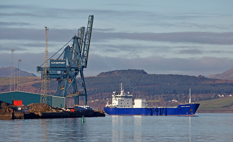 'Lysblink Seaways' Off Greenock Ocean Terminal - 22 November 2013