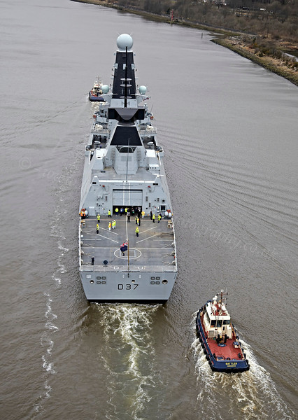 HMS Duncan (37) - Erskine Bridge - 19 March 2013