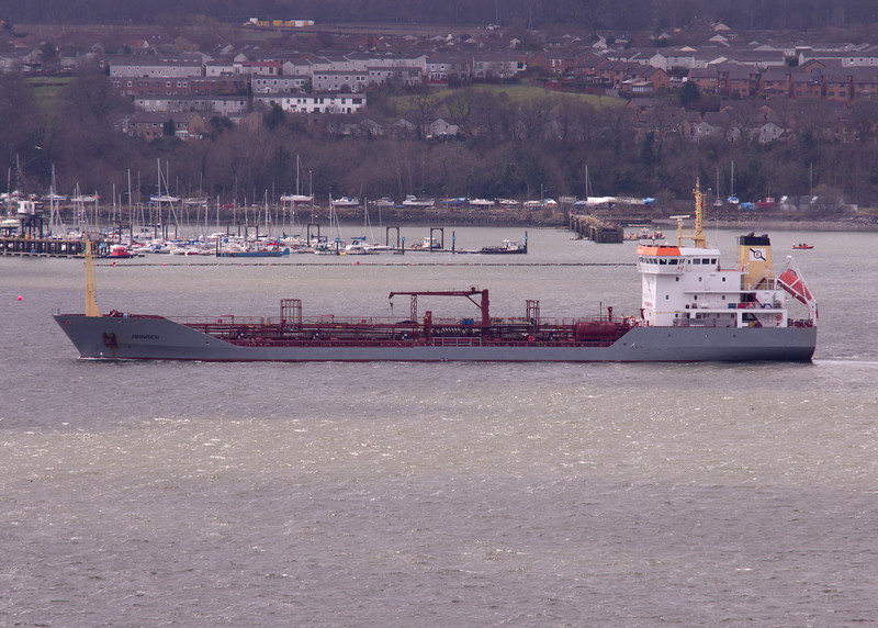 Heinrich Tanker 20th April 2013 River Forth