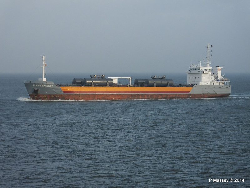 STAR CURACAO the Elbe PDM 16-12-2014 08-53-053