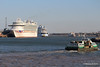 AZURA ANTHEM OF THE SEAS RED FALCON GREAT EXPECTATIONS Southampton PDM 18-04-2015 18-14-33