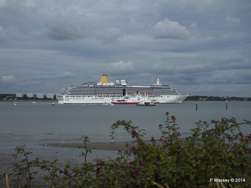 ARCADIA RED OSPREY GREAT EXPECTATIONS Southampton PDM 24-08-2014 17-22-34