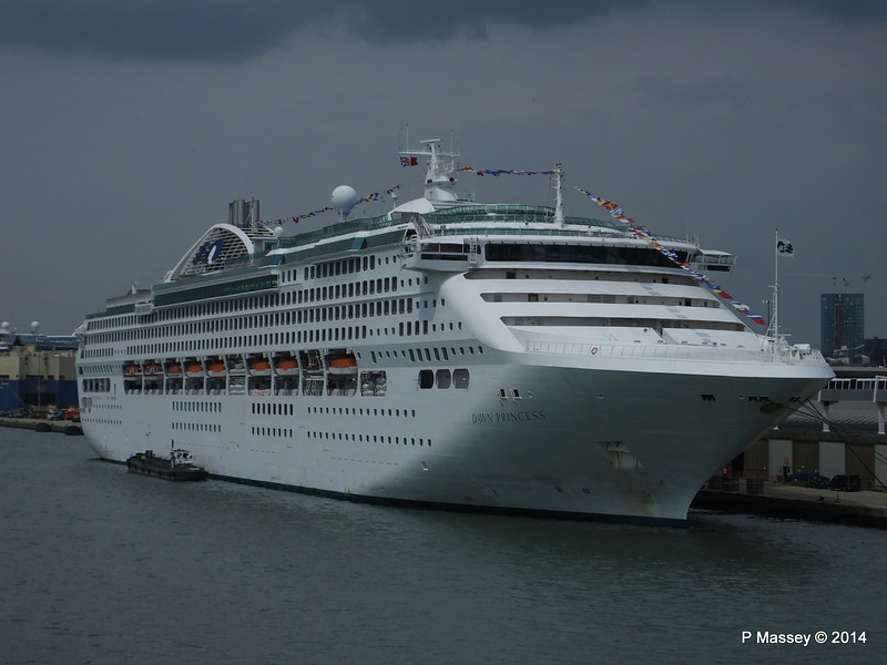 DAWN PRINCESS Southampton PDM 12-07-2014 14-24-07