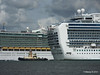 INDEPENDENCE OF THE SEAS EMERALD PRINCESS Southampton PDM 09-08-2014 16-33-32