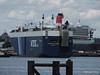 AQUARIUS LEADER Outbound QUEEN MARY 2 Southampton PDM 20-08-2014 13-05-030