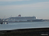 QUEEN MARY 2 Over Town Quay PDM 26-11-2013 13-02-37