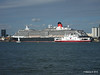 RED FALCON QUEEN VICTORIA Southampotn PDM 31-08-2014 17-15-01