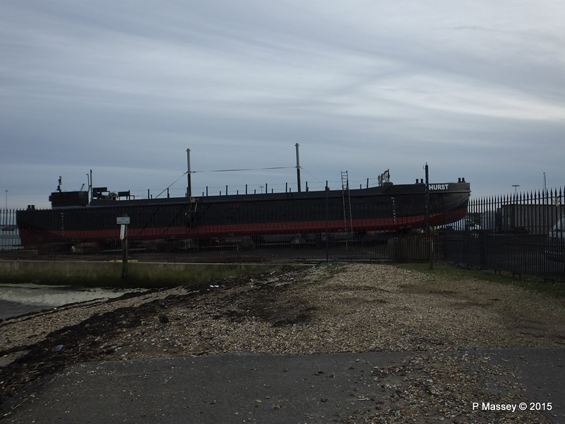 HURST dumb split hopper barge Husbands Shipyard Marchwood PDM 26-01-2015 15-25-08