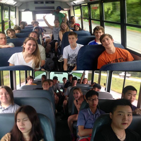Seniors on the way to canoeing
