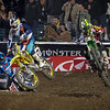 Ryan Villopoto pushes James Stewart - 450 Main - 5 Jan 2013