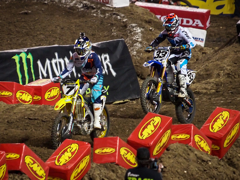 James Stewart dueling with Josh Grant - 450 Heat - 5 Jan 2013