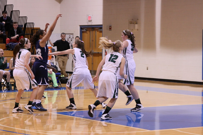 KAITLYNNE BASKETBALL SENIOR YEAR VS PORTLAND AND NOYS REYNOLDS 093