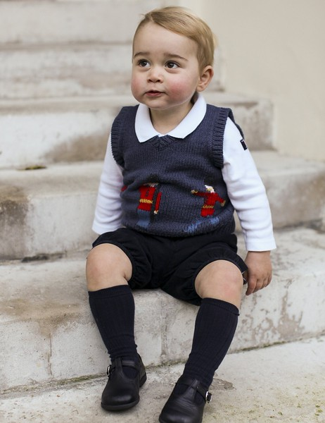 """<p><b> Britain's Prince George became a photo sensation around the globe with the release of snapshots of his … </b> </p><p> A. Rosy cheeks  </p><p> B. Christmas sweater vest </p><p> C. First date with North West </p><p><b><a href=""""http://www.people.com/article/prince-george-short-pants-tradition"""" target=""""_blank"""">LINK</a></b> </p><p>    (AP Photo/TRH The Duke and Duchess of Cambridge)</p>"""