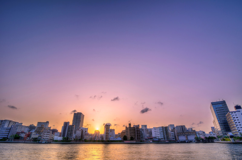The Colored Skies of Tokyo