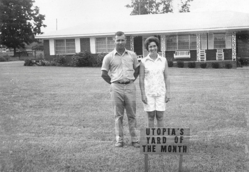 Utopia Yard of the Month, August 1972. Home of Mr. and Mrs. Allen Kent, and their children Joe Allen and Kaye on S. Dale Avenue.