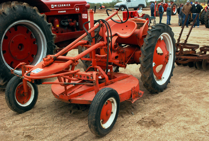 Allis-Chalmers G w deck mower ft lf