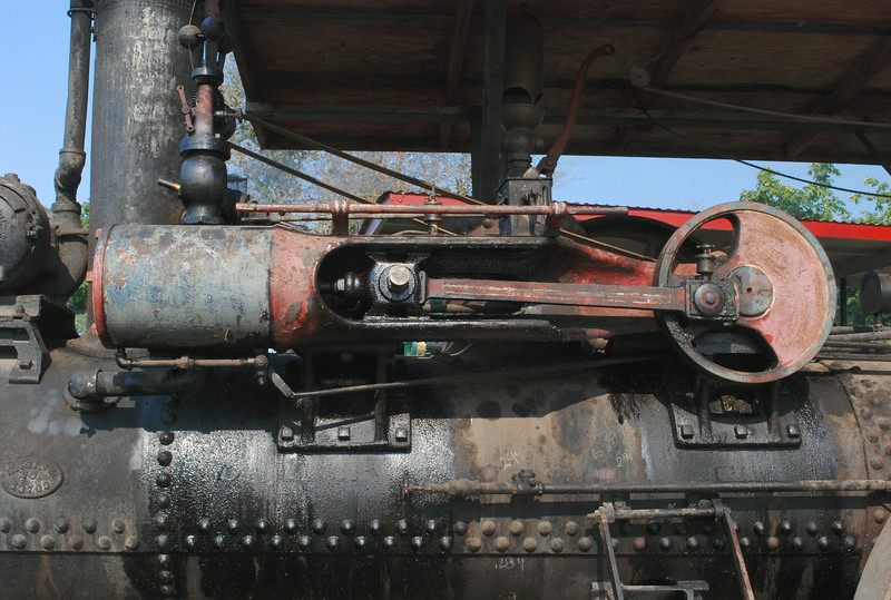 Rumely valve train lf