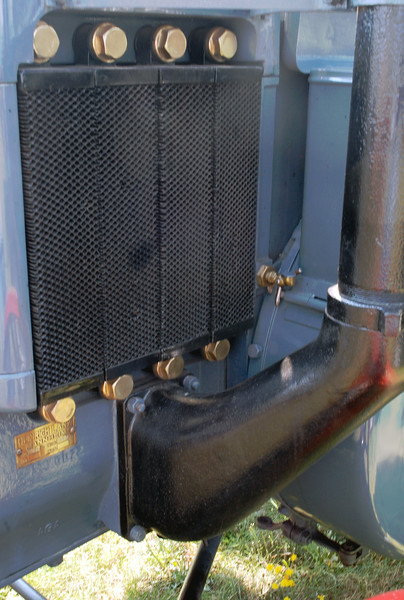 Lanz 1929 HR5 lf radiator and exhaust