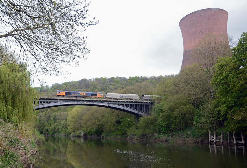 ...with pioneer 66701 tailing the ensemble. The station was generating on Sunday. Over the bank holiday weekend all trains were diverted via Chester and Shrewsbury, having to reverse at Madeley on account of engineering works.