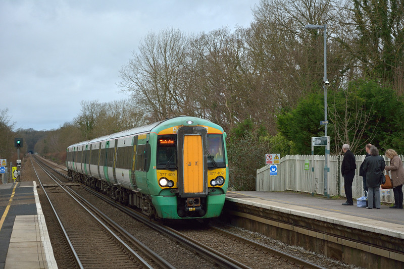 Drawing into Godstone is Electrostar 377409  forming 2B35  the 10.14 service from Reigate to Tonbridge<br /> <br /> 23 December 2014