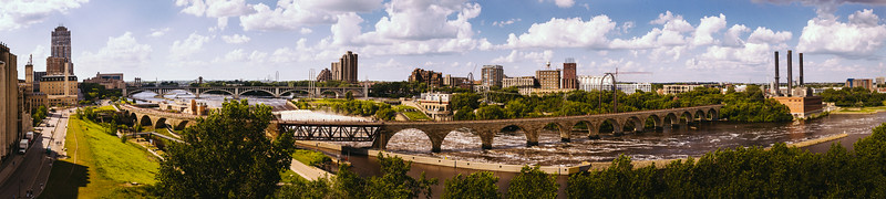 The mighty Mississippi from the Guthrie Theater.