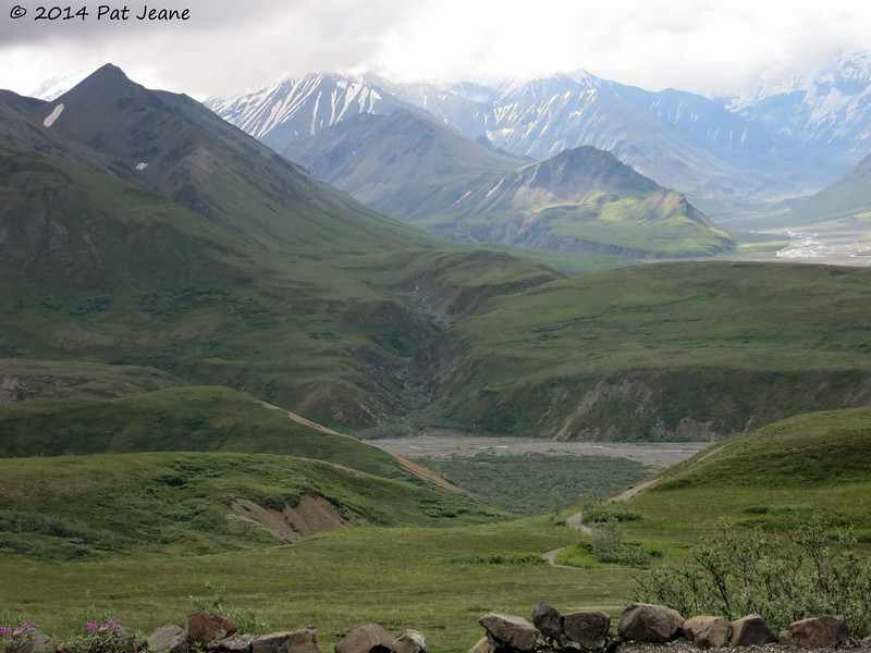 View from Eielson Visitor Center, Denali Nat'l Park, 07/18/2014.