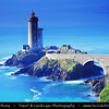 Europe - France - Bretagne - Brittany - Plouzané - Phare du Petit Minou lighthouse in the roadstead of Brest standing in front of the Fort du Petit Minou -