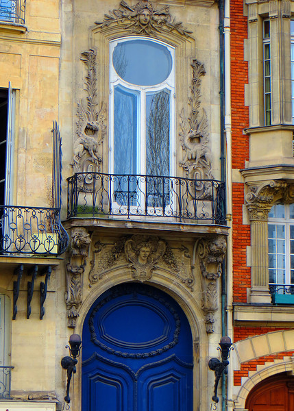 Windows in Nice