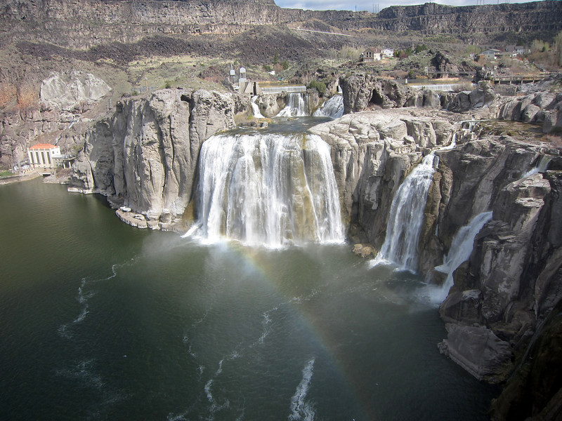 Rainbow at Shoshone Falls