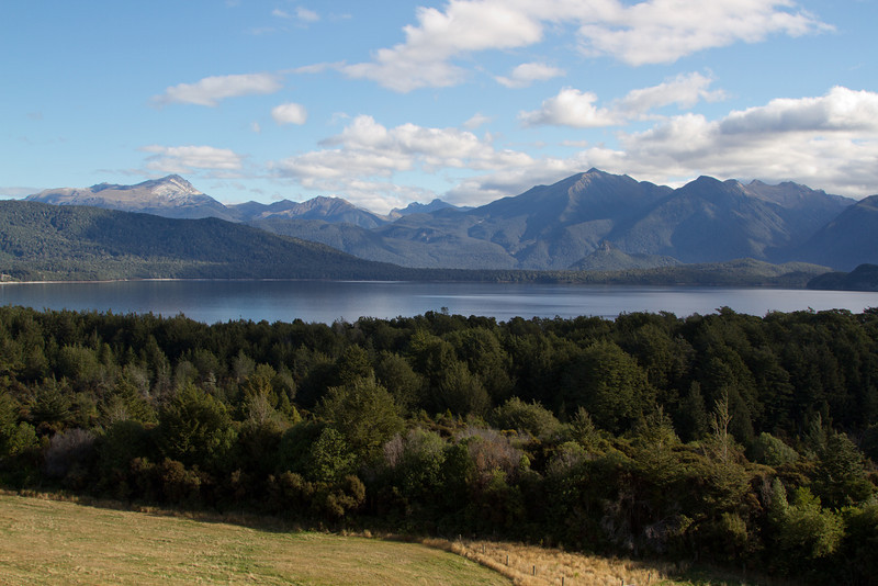 South from Lake Te Anau to Lake Manapouri