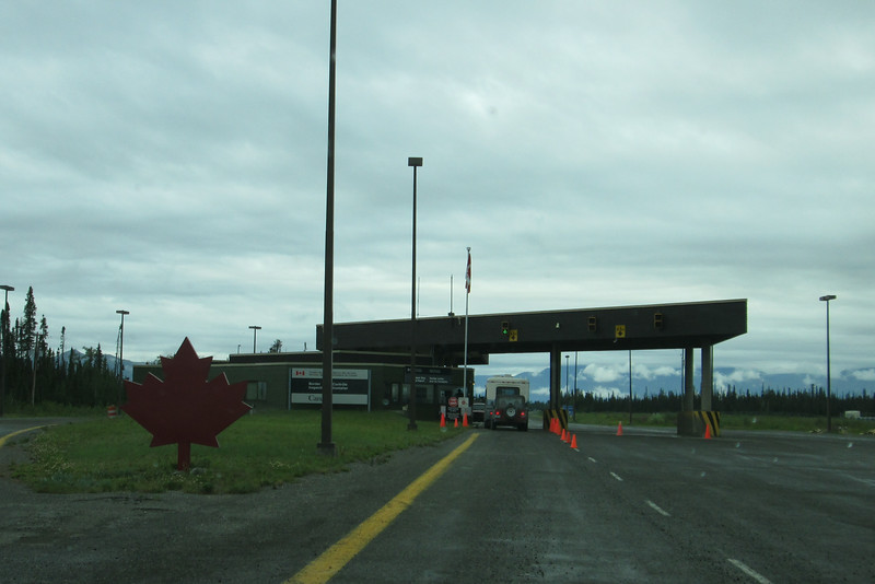 Canadian border 30 km into Canada