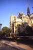 076  Paris - Sqare Jean XXIII & Notre-Dame
