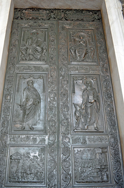 Huge Entry Doors