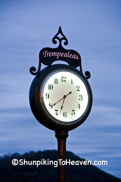 Trempealeau Railroad Clock, Trempealeau County, Wisconsin