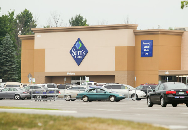 Record-Eagle/Keith King<br /> Sam's Club in Traverse City.