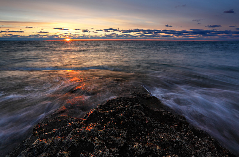 Sunrise Sunder - Cave Point County Park (Door County - Wisconsin)