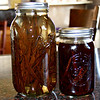 Making homemade vanilla extract