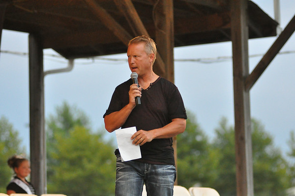 "2014 WARREN COUNTY FAIR ""COMEDY HYPNOTIST"" BRAD MATCHETT 8-5-14"