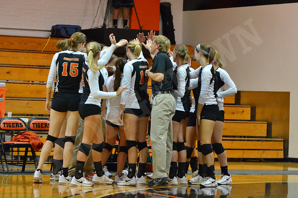 VB vs Lindsey Wilson 9-15-11
