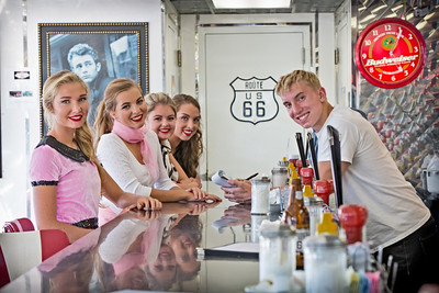 Highway 2013 Route 66 Diner